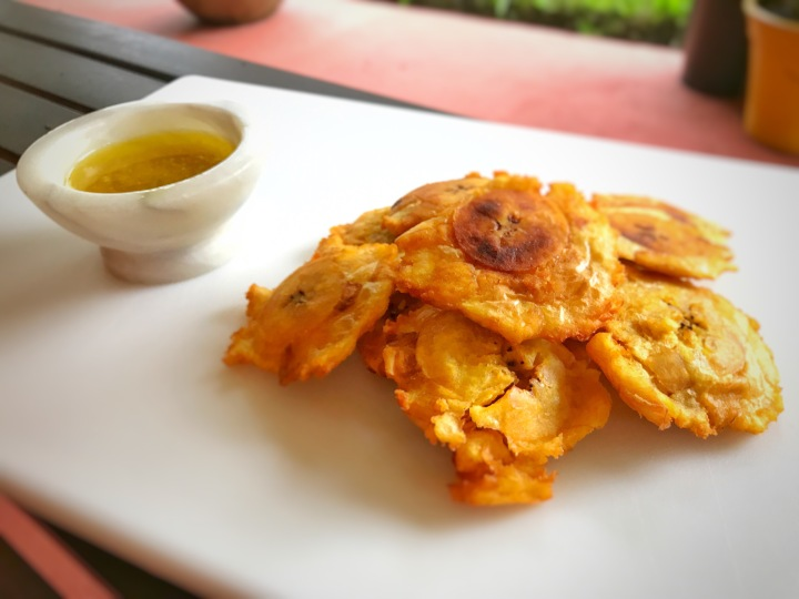 Cook With Me: Tostones con Salsa